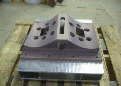 Outillage-specialise-d-usinage-pour-composites